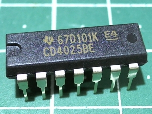 CD4025BE (1561ЛЕ10)