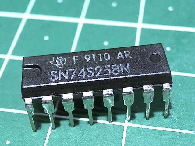 SN74S258N  (К531КП14)