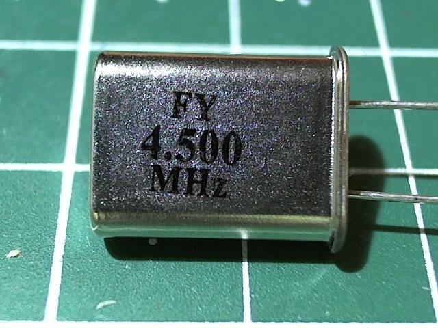 HC-49U 4,500 мГц