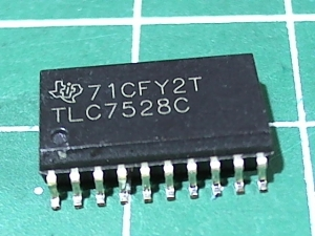 TLC7528CDW