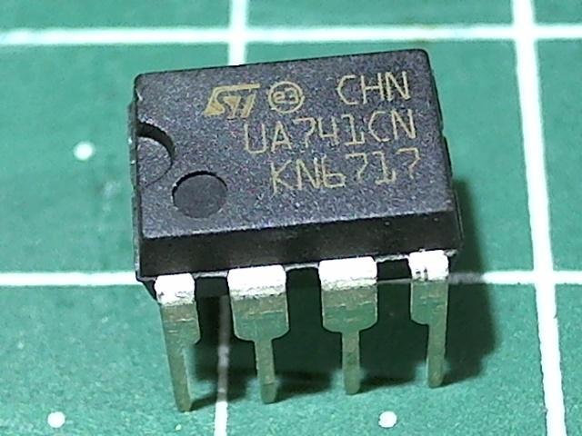 UA741CN